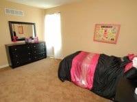 girls-bedroom-2